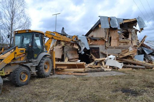 Демонтаж дачного дома Киев