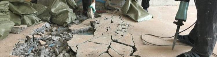 Демонтаж цементной стяжки